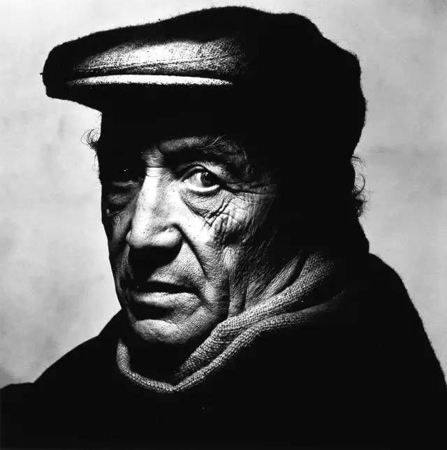 Irving Penn人物肖像摄影作品欣赏-28
